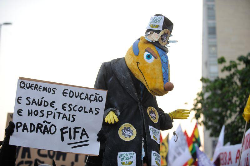 914784-protesto copa rio de janeiro-2219.jpg